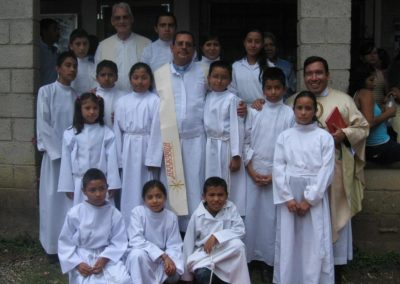 C.PP.S. Frs. Abel Cruz and Bill Beuth with altar servers in Guatemala.