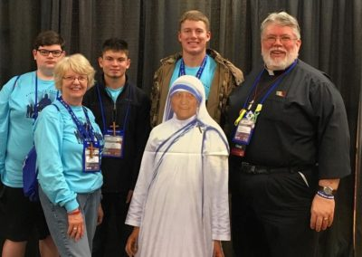 Fr. Steve Dos Santos, C.PP.S., with participants at NCYC.