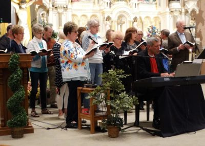 IC's choir and others in the congregation joined Vince Ambrosetti in singing during the parish's mission, Awaken.